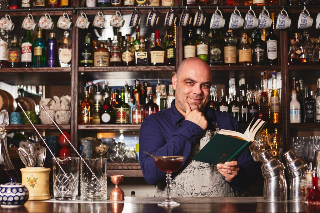 Fabio_camboni_manhattan_cocktail_mixer_planet