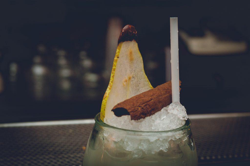il vecchio arrack legno_di_cedro_tabacco_cocktail_fabio_camboni