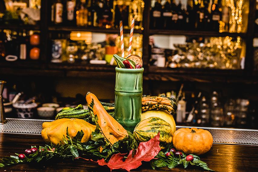 equipunch_halloween_fabio_camboni_bartender